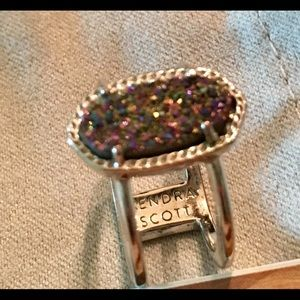 LIKE NEW KENDRA SCOTT RING!